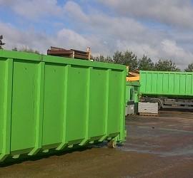 Bennes Fabrude Recyclage sur Parc, à St Paul-des-Landes (15).
